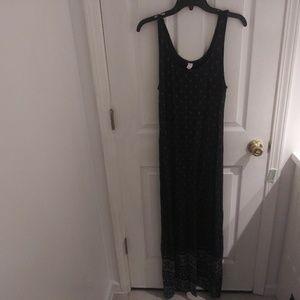 Old Navy white & navy maxi dress w/slit size M